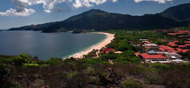 playa-isla-margarita-hotel