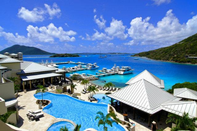 diferencia entre hotel y resort